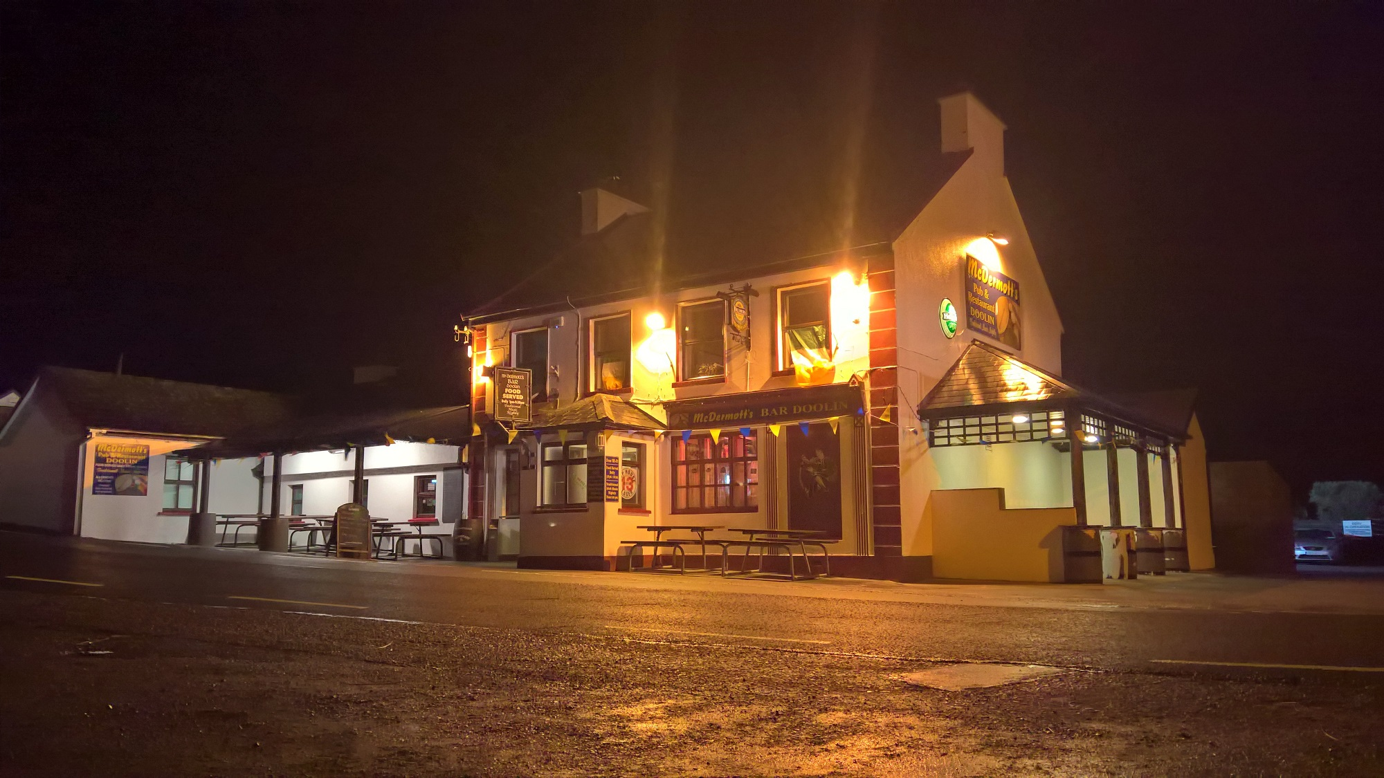 Doolin Pub   Bar food   Live Traditional Irish Music - McDermotts Pub Doolin